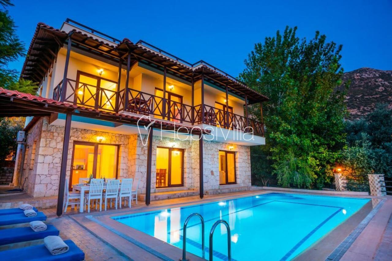 Villa Maksi, Kalkan'da Harika Villa Kiralama Seçeneği. - Hepsi Villa