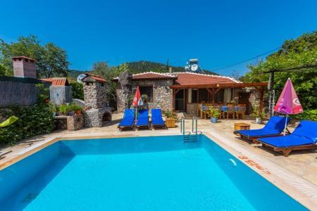 Villa Öneros