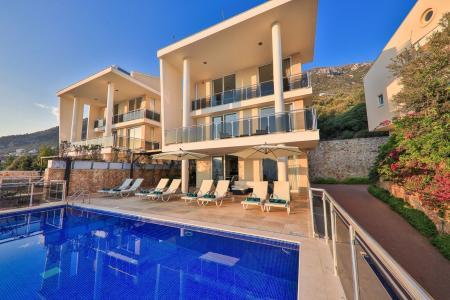 Villa Blue Harmony 2