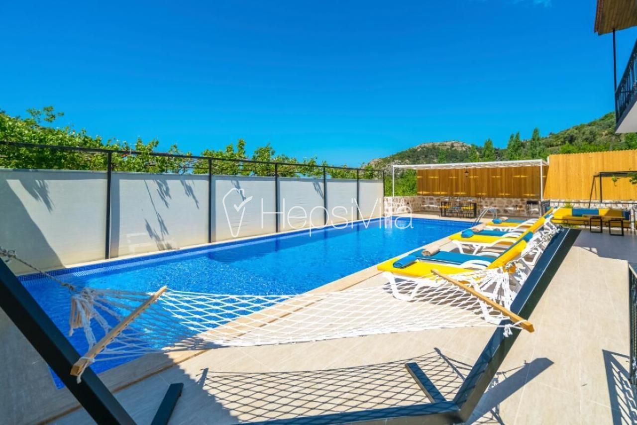 Villa Omega, Kalkan İslamlar'da 6 Kişilik Havuzlu Villa. - Hepsi Villa