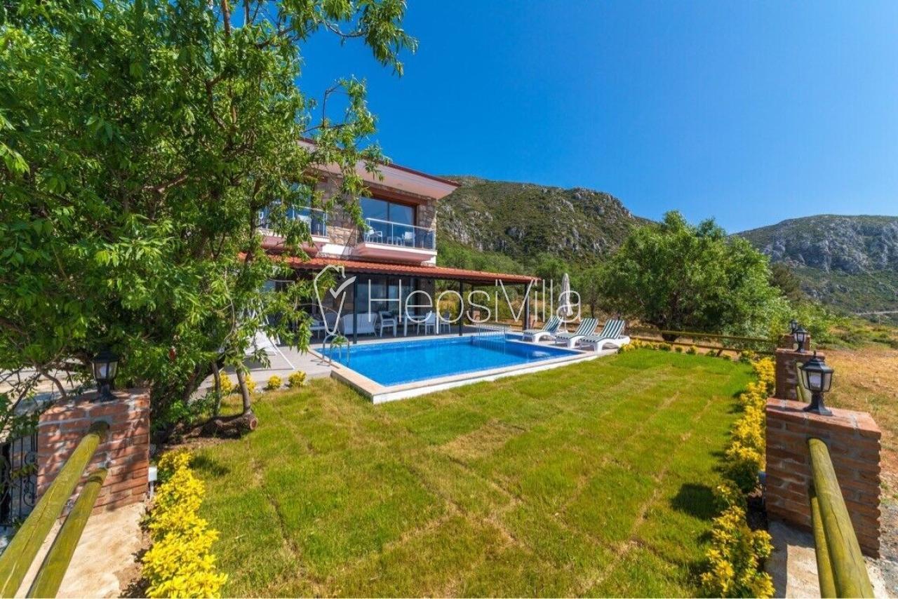 Villa Simi, Marmaris Söğüt'de 2 Odalı Özel havuzlu Villa - Hepsi Villa