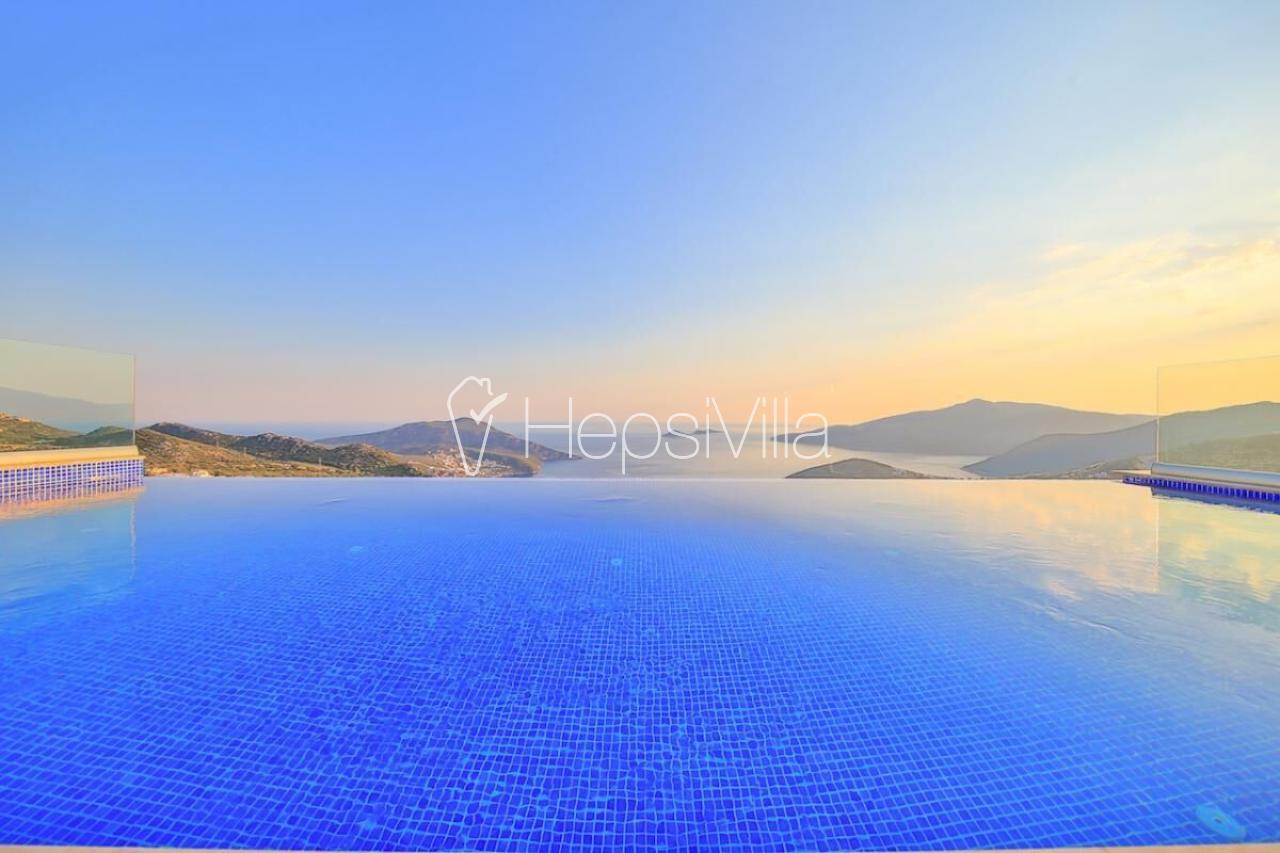 Villa Maysa, Deniz Manzaralı Lük Korunaklı Balayı Villası - Hepsi Villa