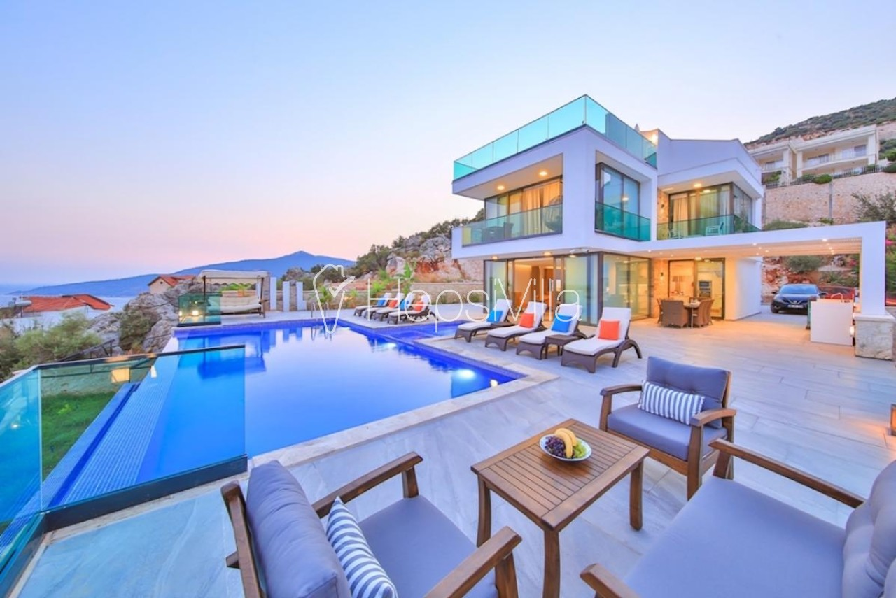 Villa Stark, Kalkan Merkez'de Bulunan Lüks Deniz Manzaralı Villa - Hepsi Villa