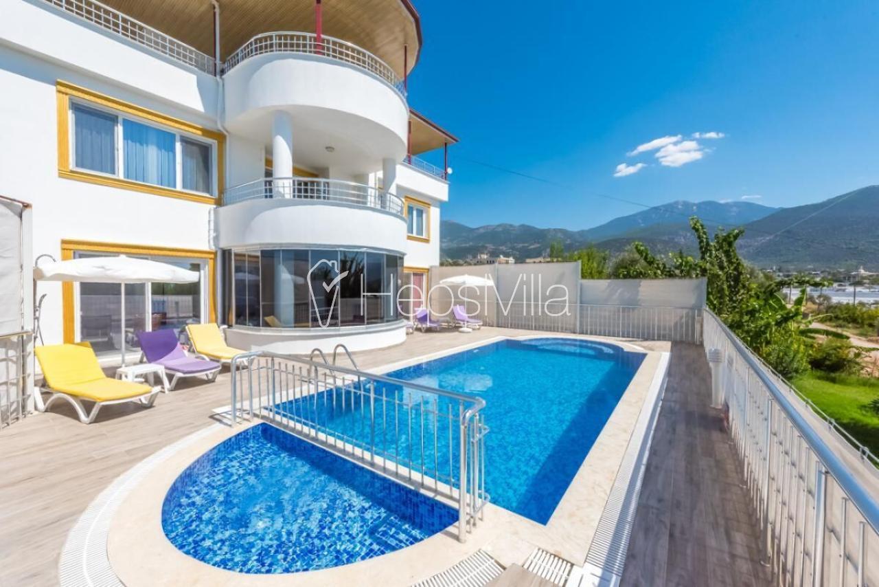 Villa çavdır, Geniş Aileler Uygun Çocuk Havuzlu Muhafazakar Villa - Hepsi Villa