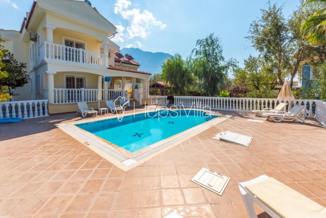 Villa Derinsu,Ölüdeniz/Ovacık MevkindeKonunlanmış 8 Kişilik Villa - Hepsi Villa