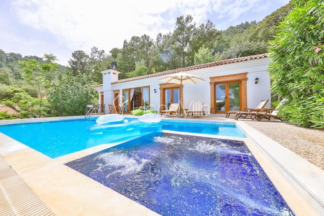 Olive Grove, Marmaris/Gökbel'de Konumlanmış Korunaklı Villa - Hepsi Villa