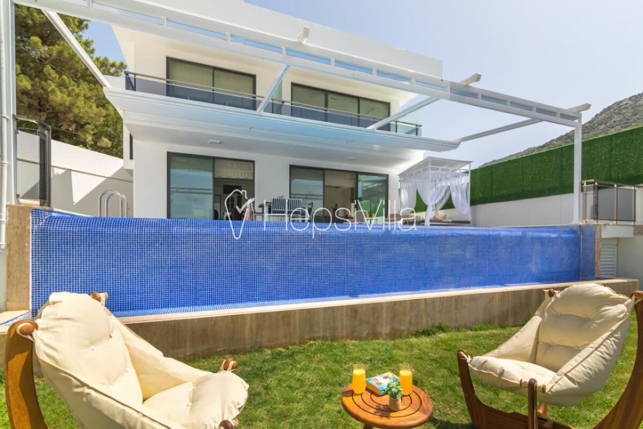 Villa İnfinity Sky,İslamlar'da Bulunan 4 Kişlik Korunaklı Villa - Hepsi Villa