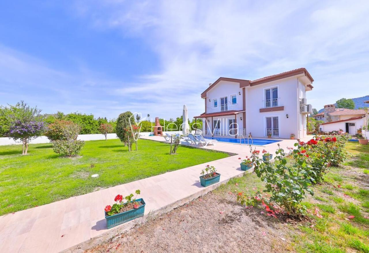 Villa Serpil, Dalyan Konumlanmış 8 Kişilik Villa - Hepsi Villa