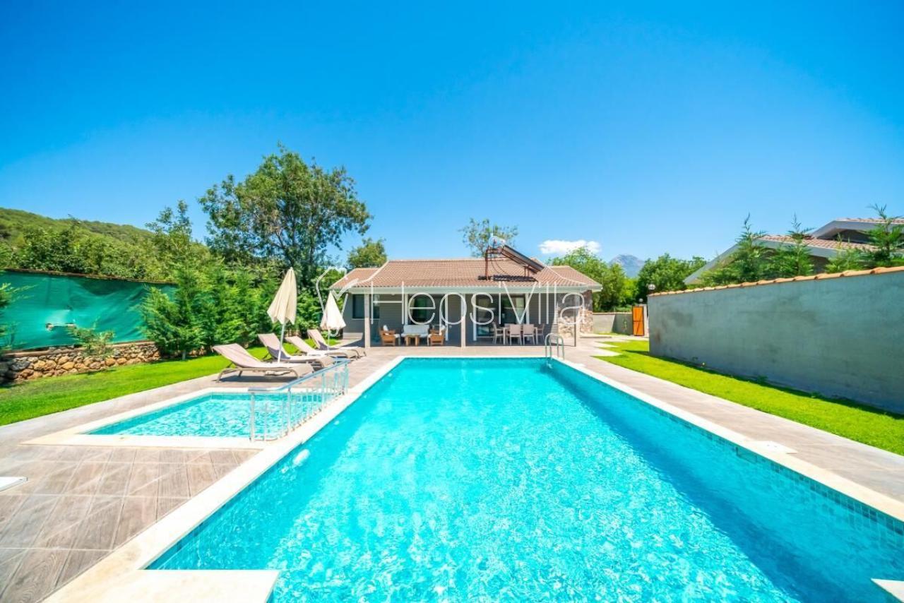 Villa Vita, Kayaköy'de 3 Odalı Korunaklı havuzlu kiralık villa - Hepsi Villa