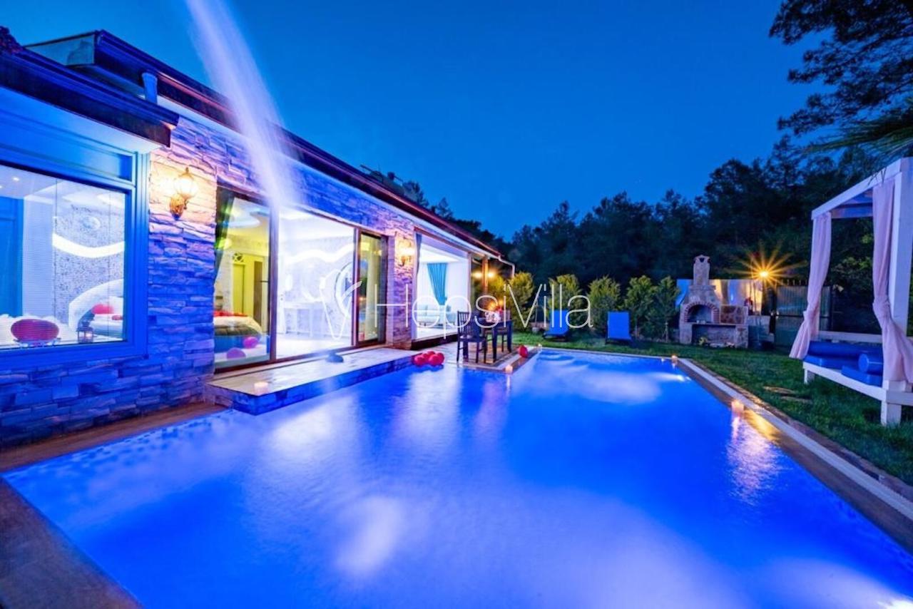 Villa Terra Doruk, Havuzu Korunaklı Balayı tatil Villası. - Hepsi Villa