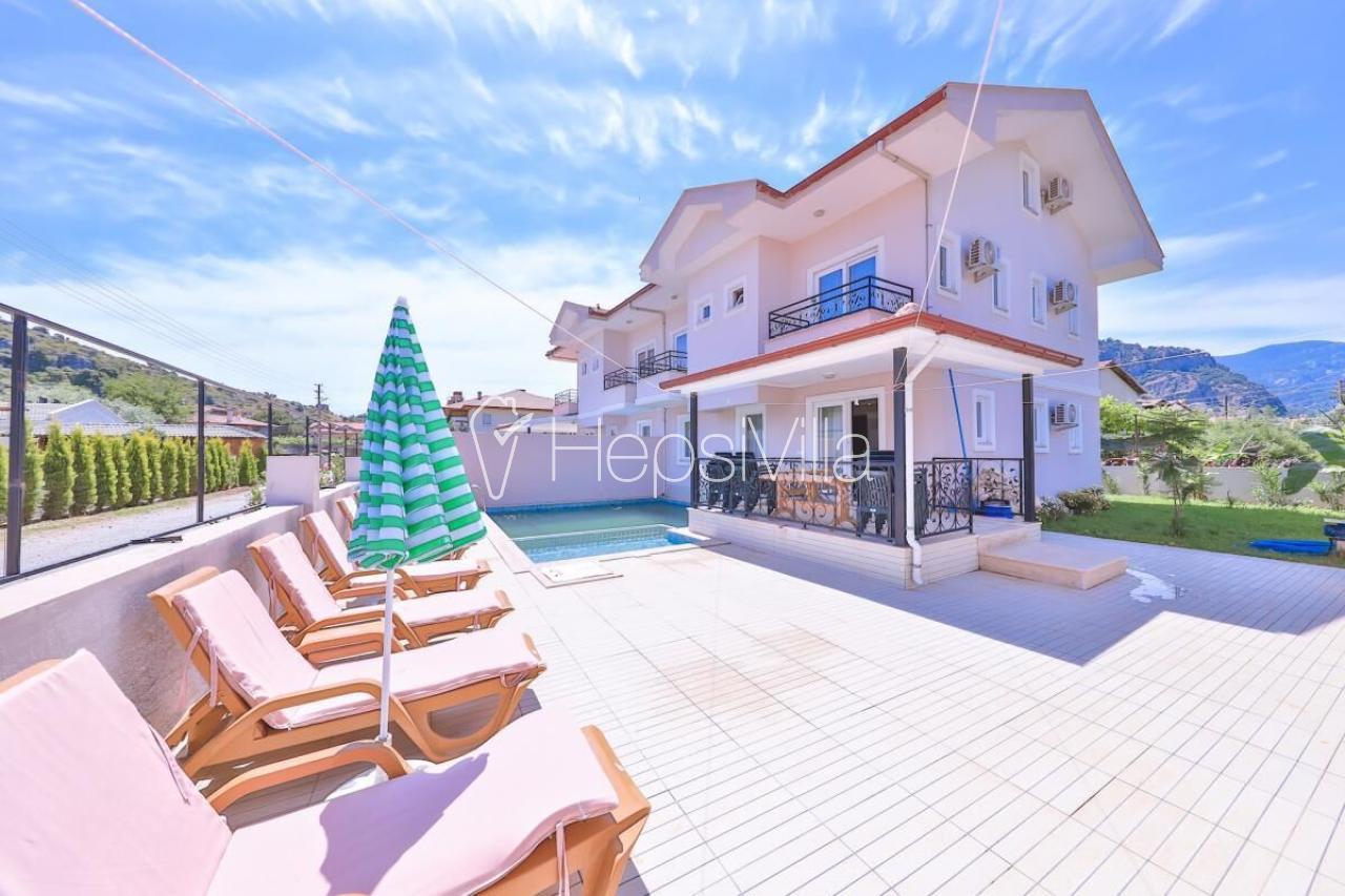 Villa Palmiye, Dalyan Merkez'de Bulunan 16 Kişilik Villa - Hepsi Villa