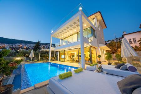 Villa Naz Duo