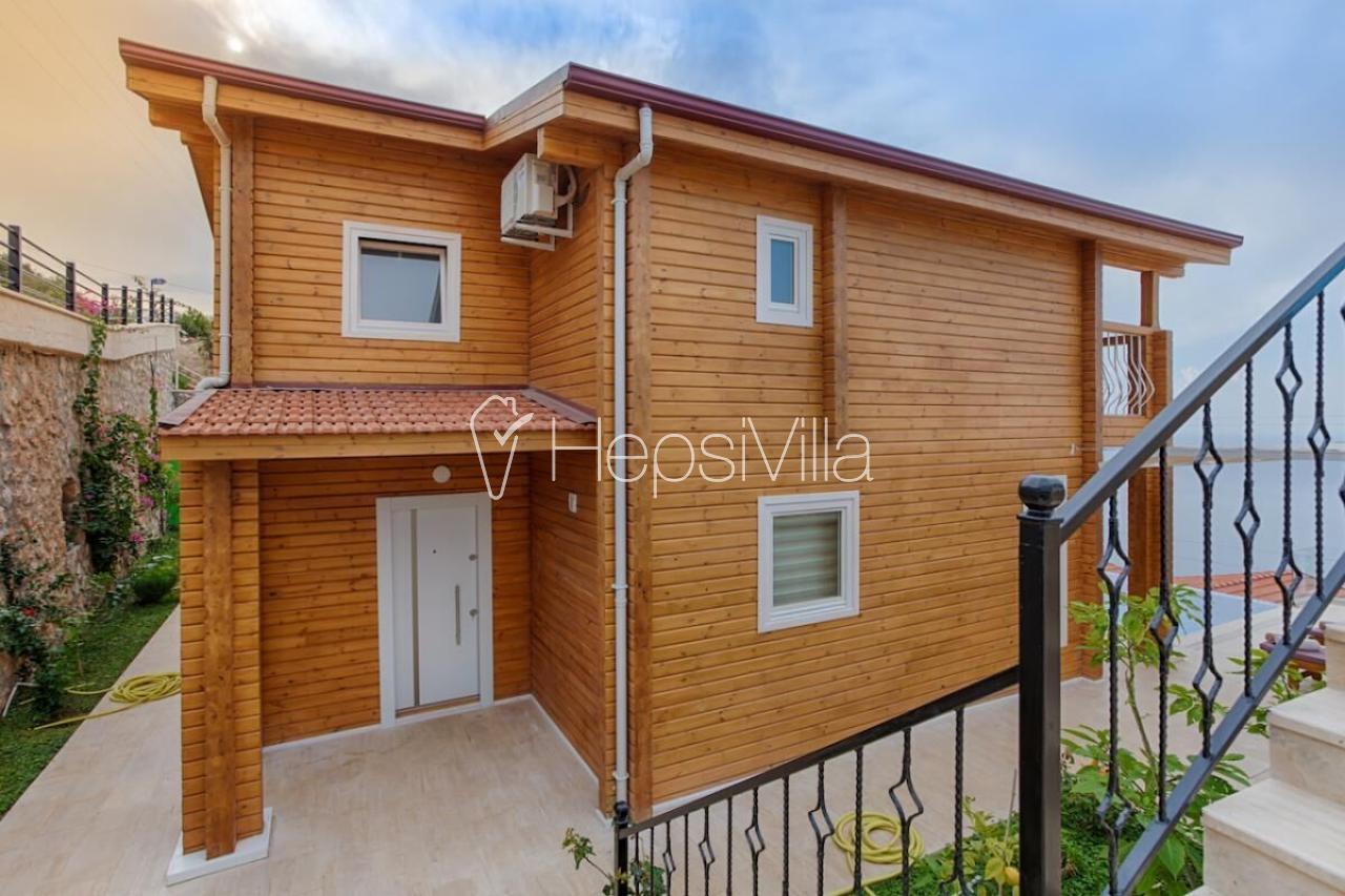 Villa Manolya, Kalkan Kızıltaş Mevkiinde Konumlu Tatil Villası - Hepsi Villa