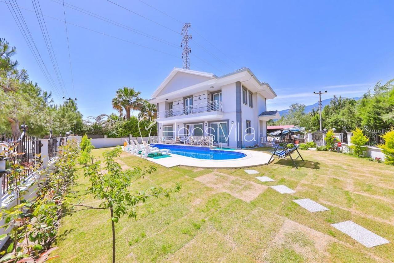 Villa Çağrı,Dalyan Merkez'de Konumlanmış 8 Kişilik Müstakil Villa - Hepsi Villa