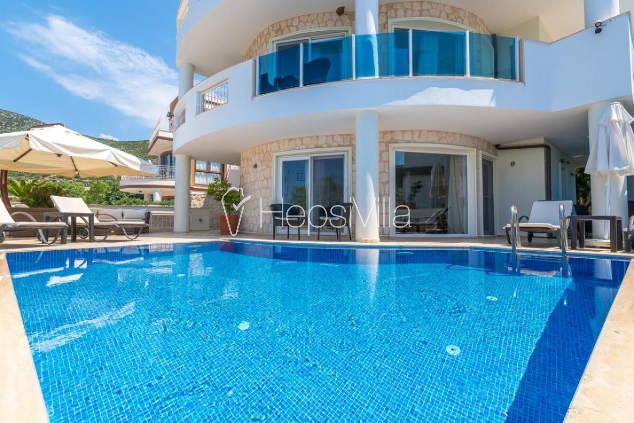 Villa Lisa Kalkan, Kalamar'da Denize Yakın 4 Odalı Kiralık Villa - Hepsi Villa