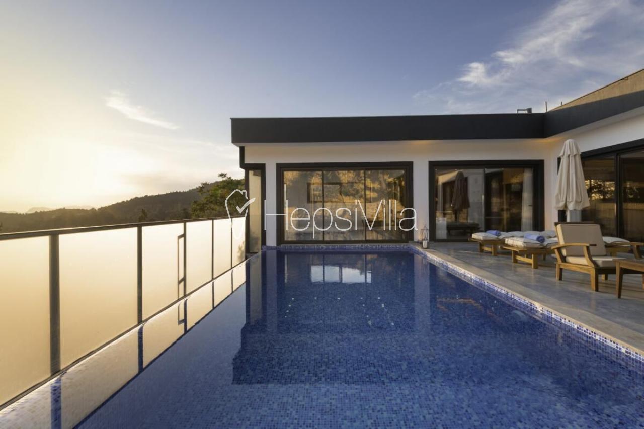Villa Aqua, Kalkan İslamlar'da Tek Odalı Jakuzili Balayı Villası - Hepsi Villa