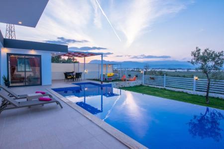 Villa Narçiceği