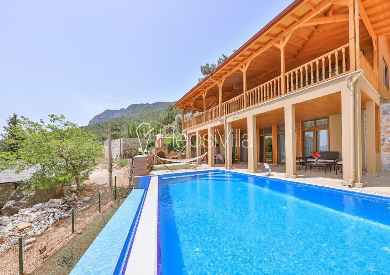 Villa Kiana, Akyaka'da 8 Kişilik Özel Havuzlu Villa - Hepsi Villa