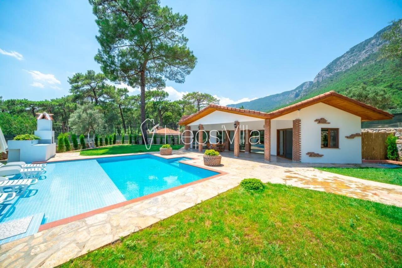 Villa Çağlar, Muğla Gökova'da Bulunan 4 Kişilik Müstakil Villa - Hepsi Villa