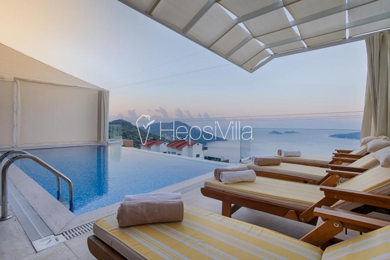 Villa Begonvil, Kalkan-Kızıltaş mevkiinde Konumlu Tatil Villası - Hepsi Villa