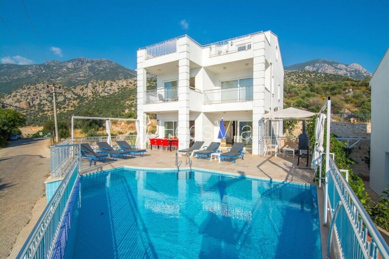 Kalkanda Deniz Manzaralı Plaja Yakın Yazlık Villa Baysal A - Hepsi Villa
