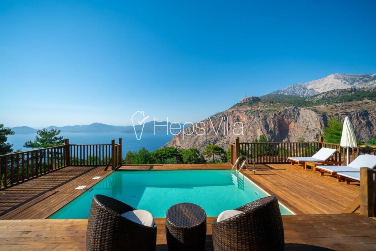 Villa Uslu, Ormanda Konuklanmış 2 Odalı Havuzlu Villa. - Hepsi Villa