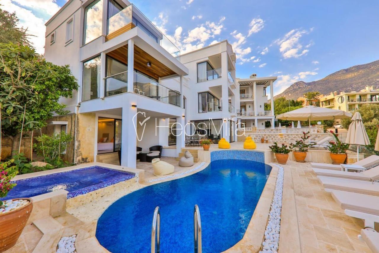 Villa Arden Ege, Kalkan'da Konumlu Deniz Manzaralı Lüks Villa - Hepsi Villa
