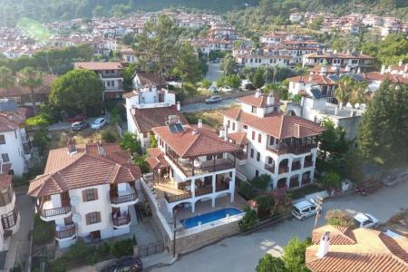 Villa Thera