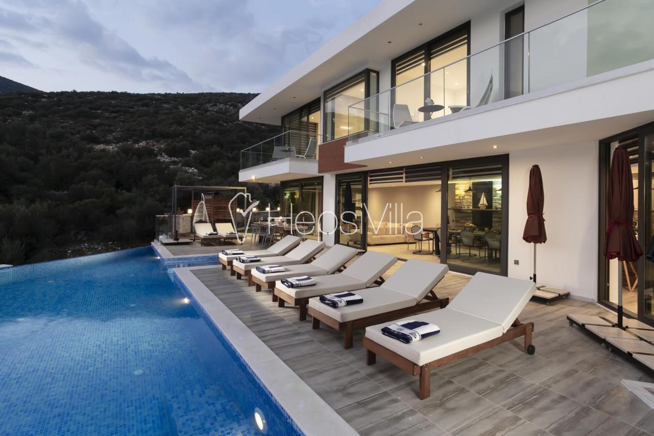 Villa Poyraz Duo, Kalkan Kalamar'da Lüks Deniz Manzaralı Villa - Hepsi Villa
