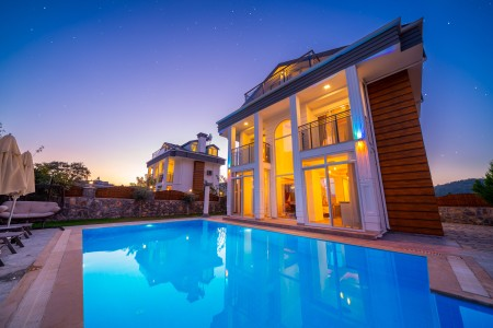 Villa Bling 2
