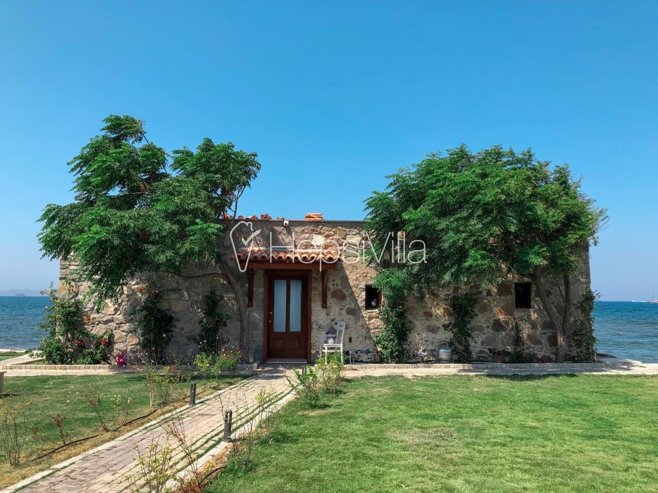 Villa Di Mare, Bodrum Turgutreis'de 4 Kişilik Denize Sıfır Villa - Hepsi Villa