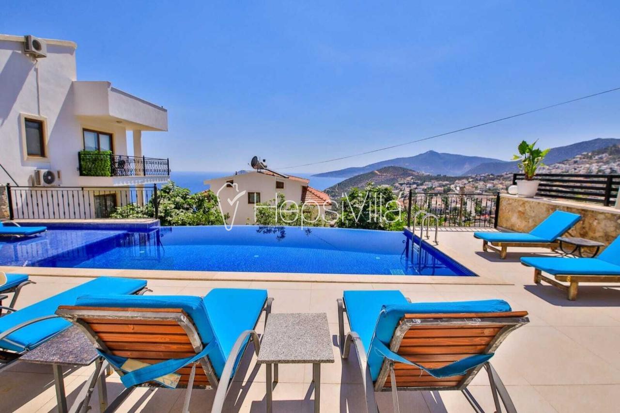 Villa Alternatif, Kalkan Kızıltaş'ta Deniz Manzaralı Lüks Villa - Hepsi Villa