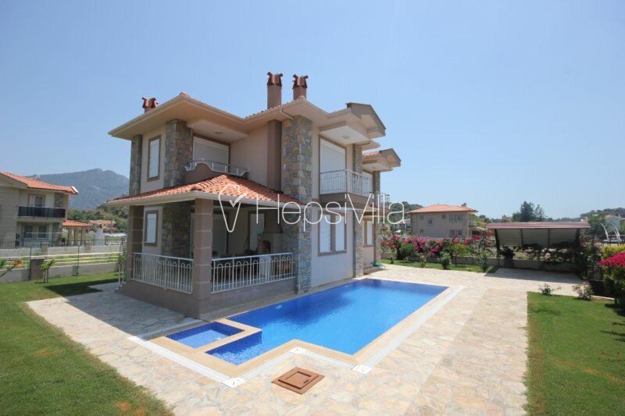 Villa Ebru, Dalyan'da 4 Odalı Müstakil Havuzlu Villa - Hepsi Villa