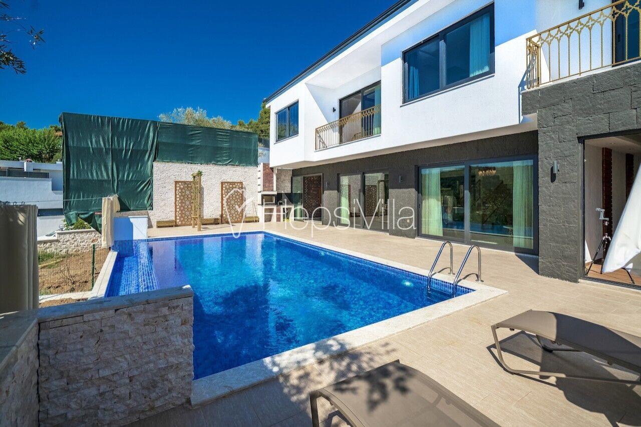 Villa Artemis, Kalkan Üzümlü'de Kapalı Havuzlu 4 Kişilik Villa - Hepsi Villa