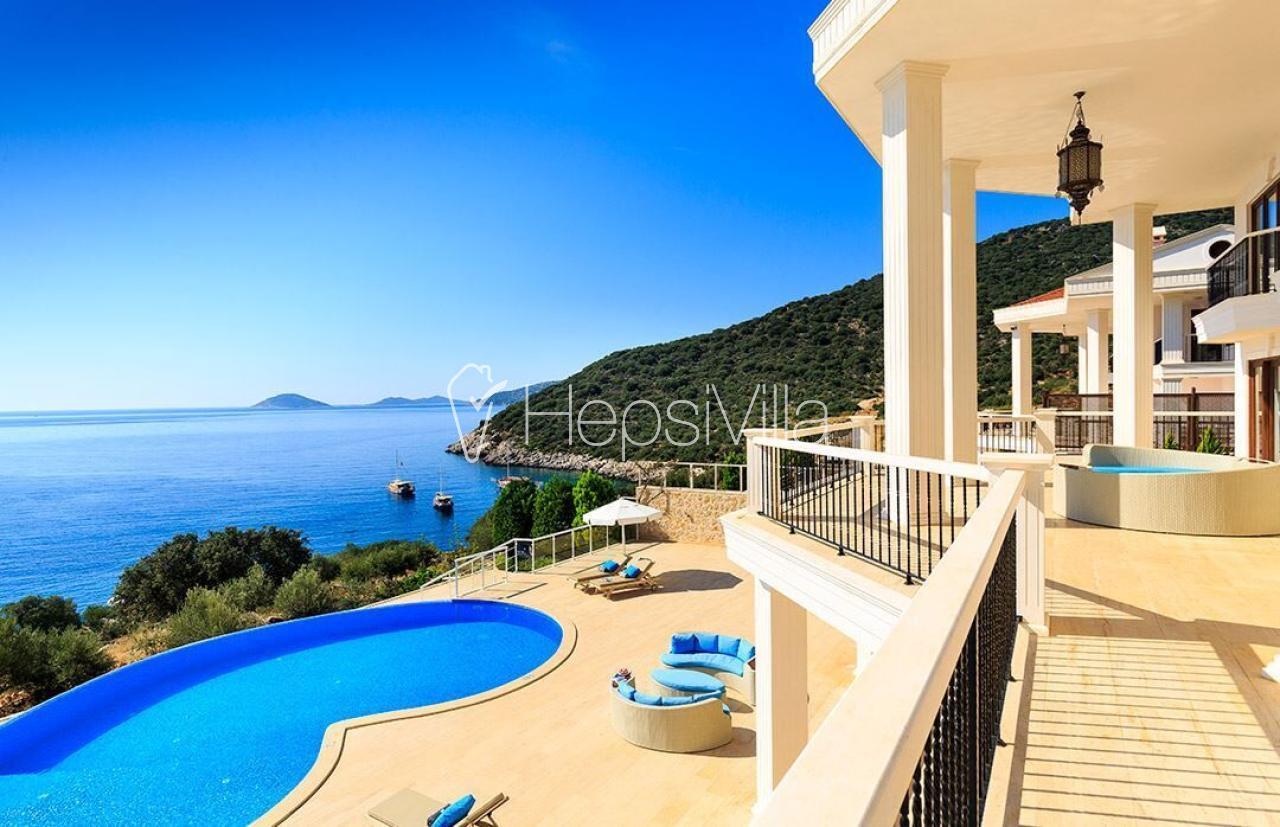 Villa Korsan Kuzey, Denize Sıfır Konumda Lüks Villa. - Hepsi Villa