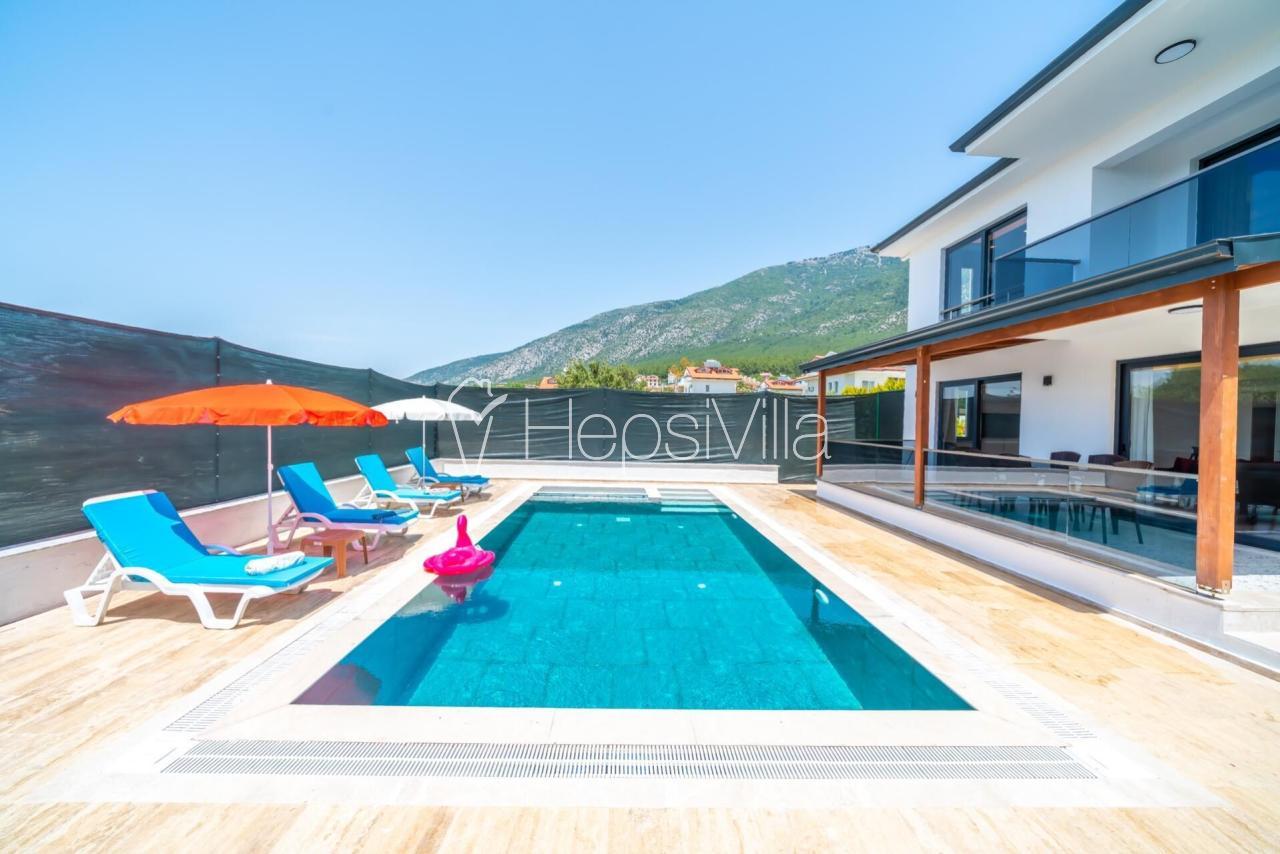 Villa Gülşah 2, Ölüdeniz Ovacık'ta 2 Odalı Jakuzili Villa. - Hepsi Villa