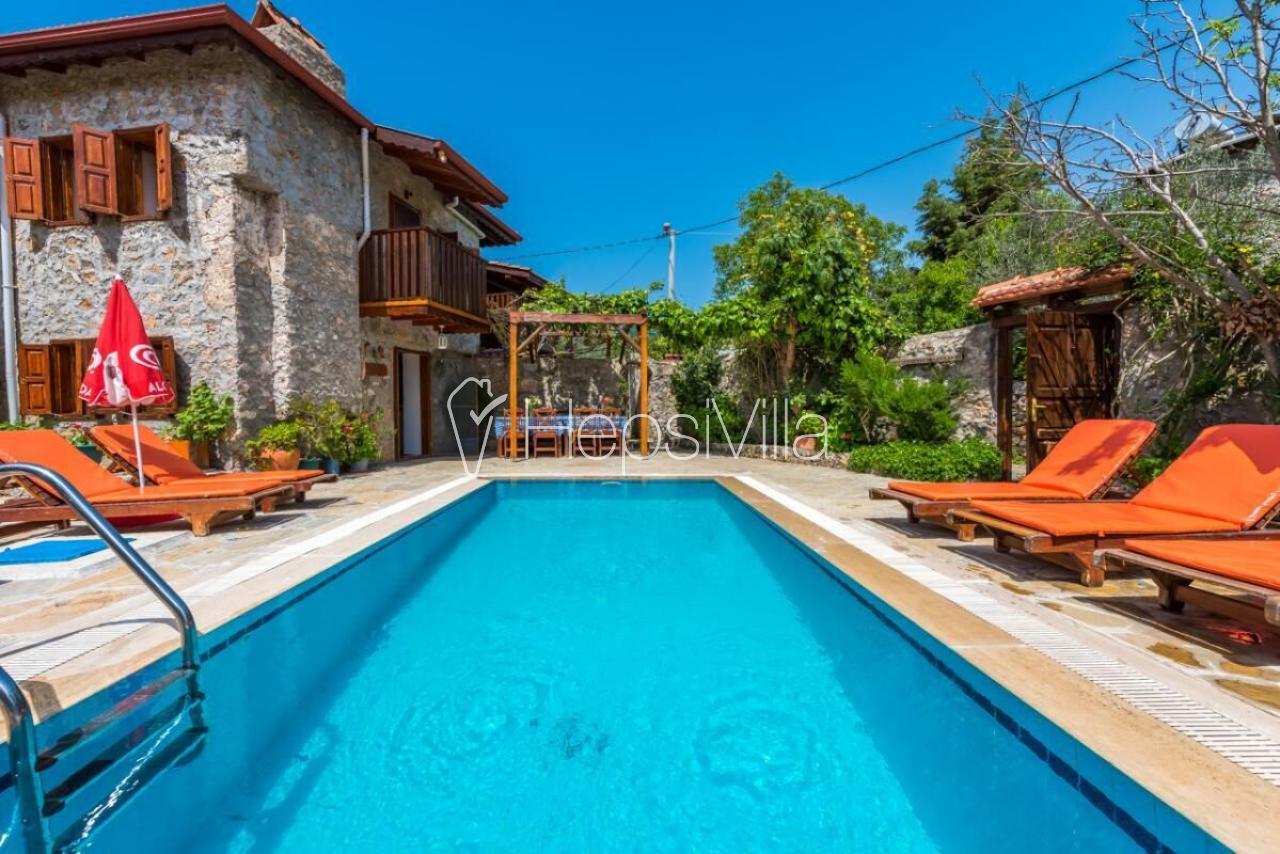 Fethiye Kayaköy'de Kıralık yazlık muhafazakar tatile uygun villa - Hepsi Villa