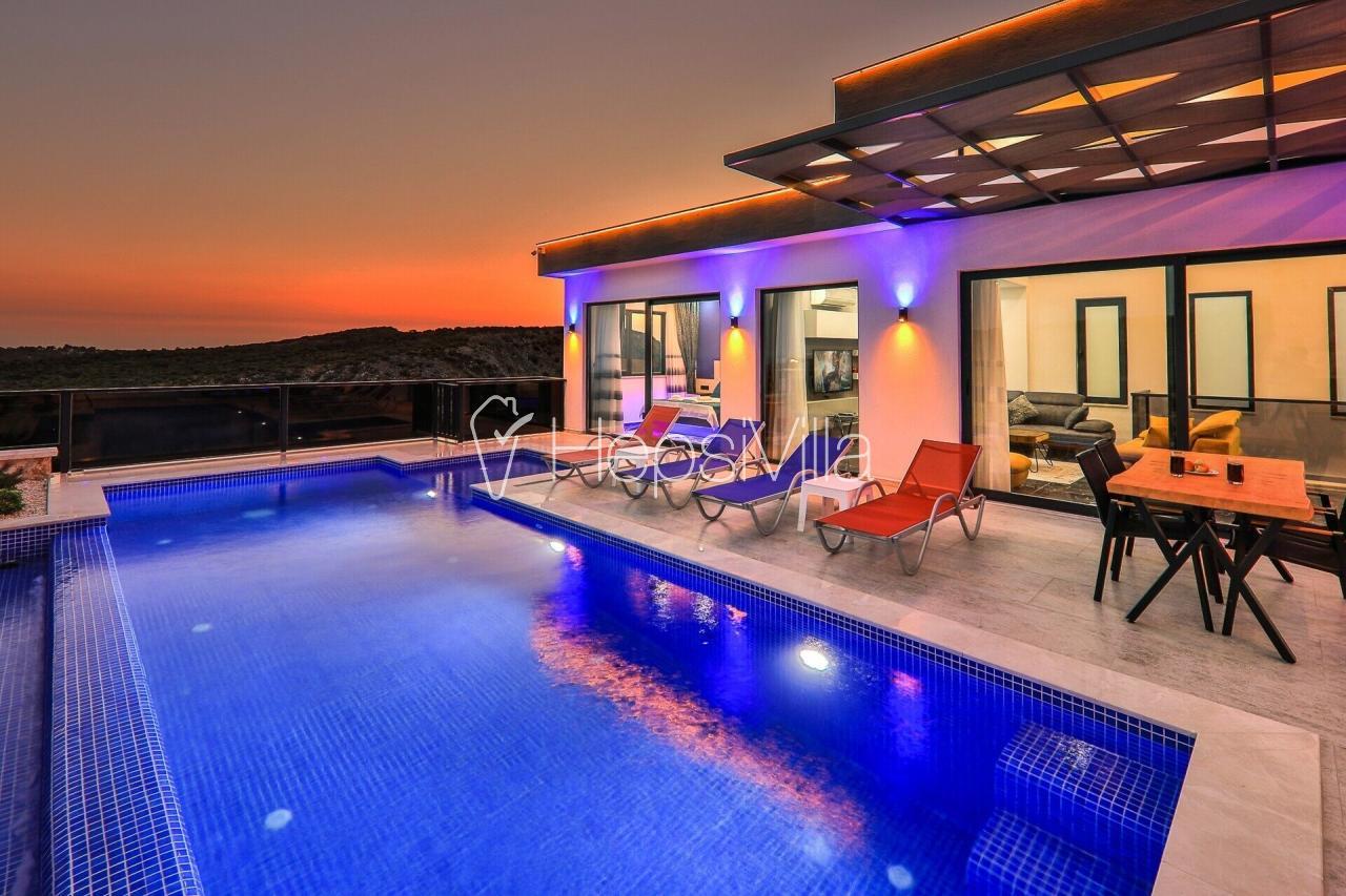 Villa Aşiyan, kapalı havuzlu hamam ve saunalı kiralık villa.  - Hepsi Villa