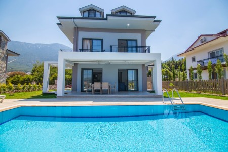 Villa Era 2
