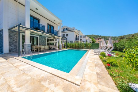 Villa Gold Rose