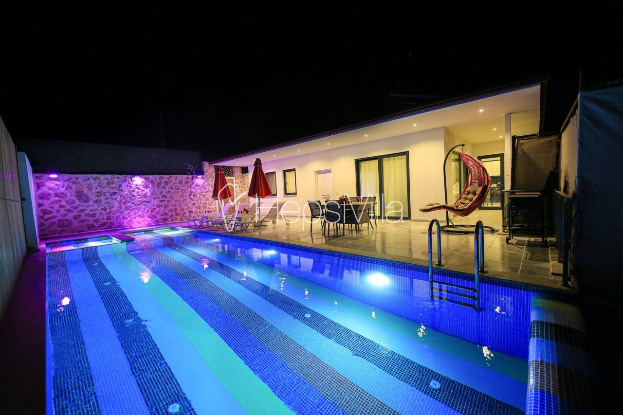Villa Sunshine, Kalkan-İslamlarda Konumlu Tatil Villası - Hepsi Villa