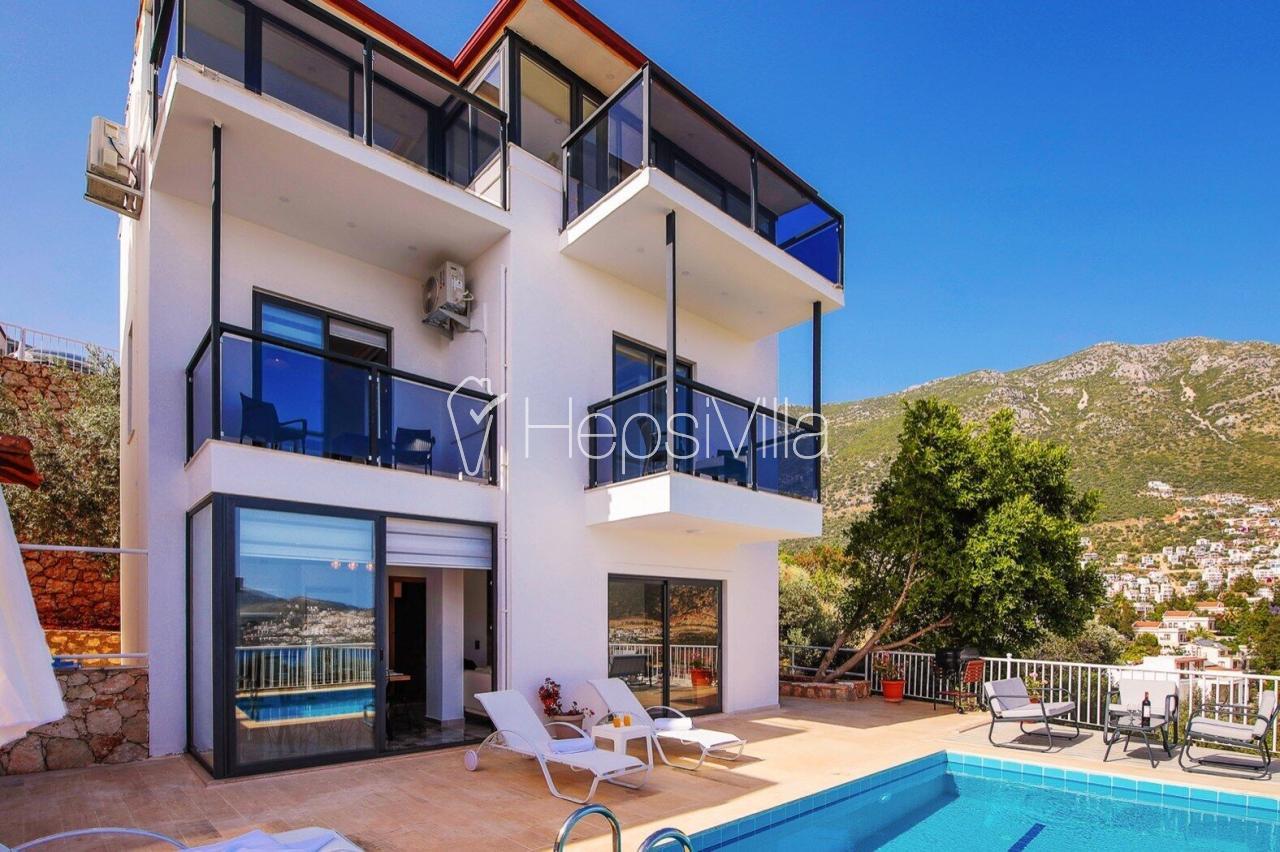 Villa Moon, Kalkan Kalamar'da 6 Kişilik Özel Havuzlu Villa - Hepsi Villa