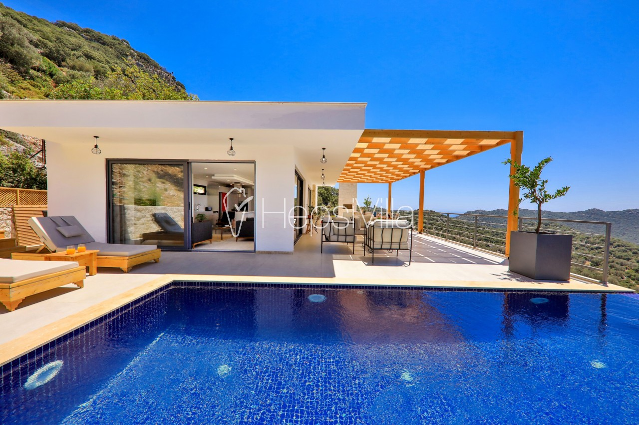 Villa Pastoral, Kaş Bayındır'da Lüks Manzaralı Korunaklı Villa - Hepsi Villa