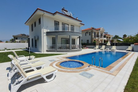 Villa Anjelik