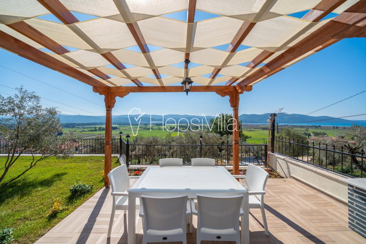 Villa Turkuaz A, Akyaka'da Konumlanmış 6 Kişilik Villa - Hepsi Villa