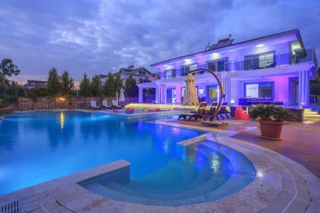 Villa Fourseasons
