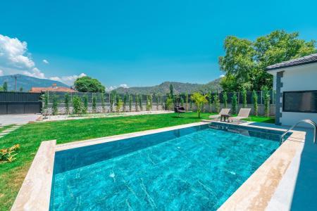 Villa Green Life 2