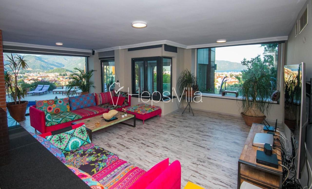 Villa Asil, Marmaris Armutalan'da 8 Kişilik Lüks Villa - Hepsi Villa