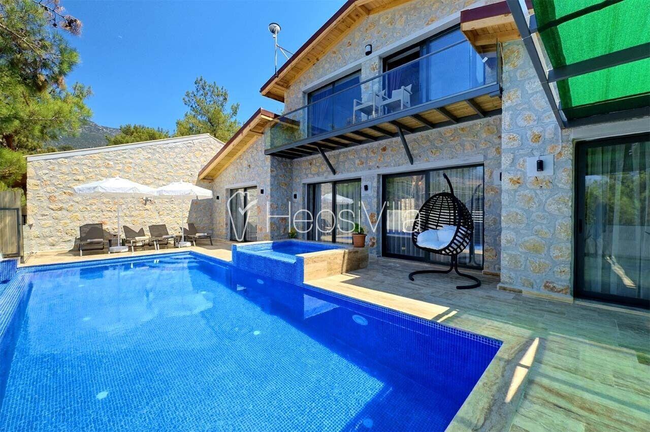 Villa Zeyno 4, Kalkan Akbel'de 4 Kişilik Özel Havuzlu Villa - Hepsi Villa