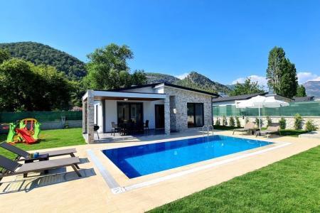 Villa Yasmin 2